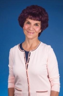 Headshot of AANP member and nurse practitioner Kathy Parker